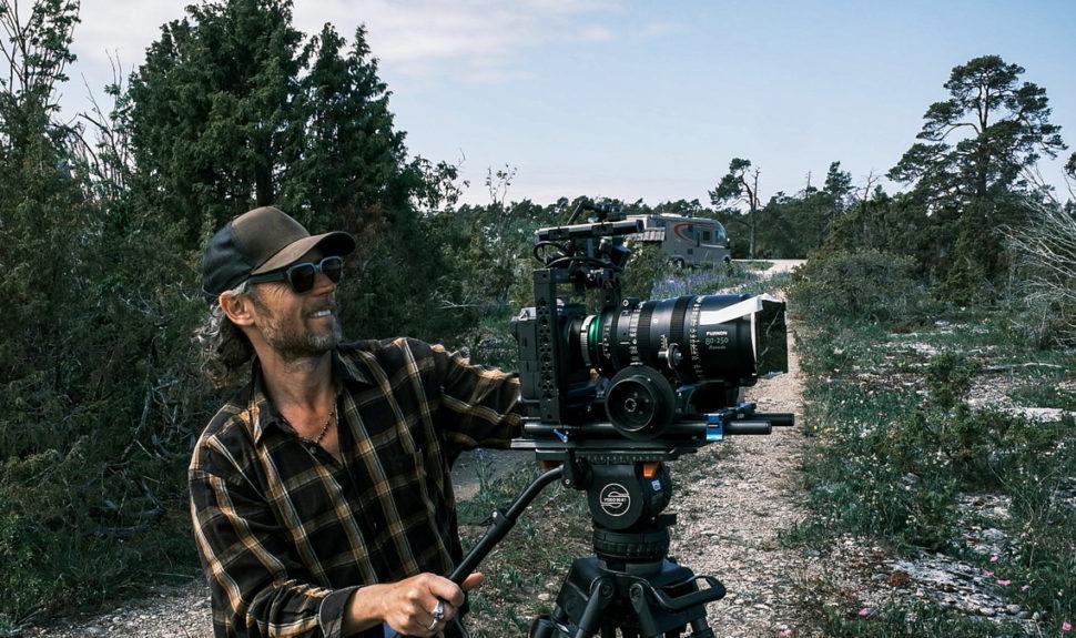 Le directeur de la photographie suédois Jallo Faber enregistrant en ProRes RAW 4K © DR