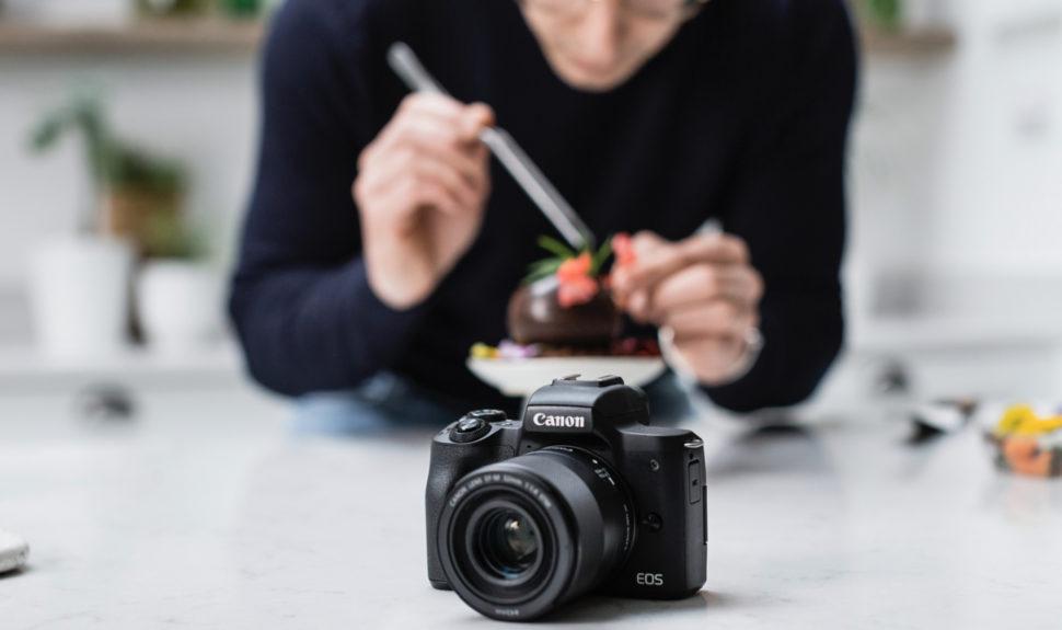 YouTubeurs, TikTokeurs et Twitcheurs… : le nouveau Canon EOS M50 Mark II est pour vous ! © DR
