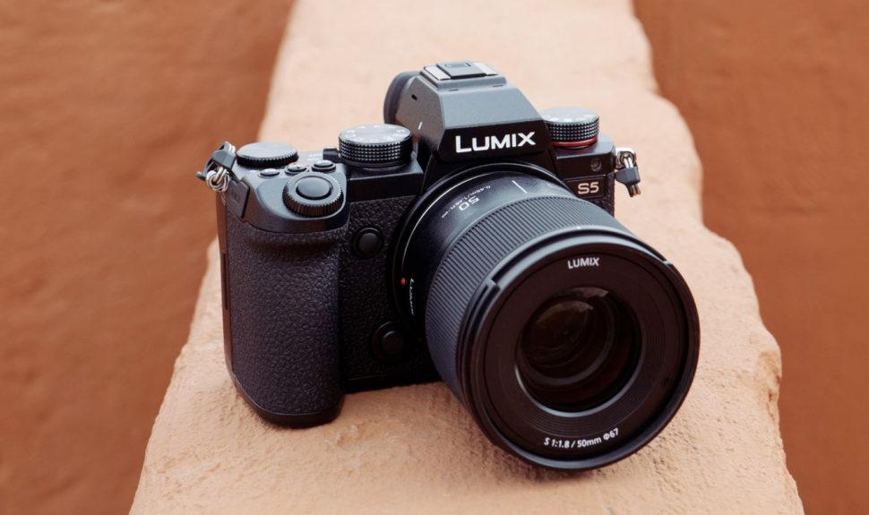 Lumix présente son nouvel objectif fixe à grande ouverture 50mm/F1.8 © DR